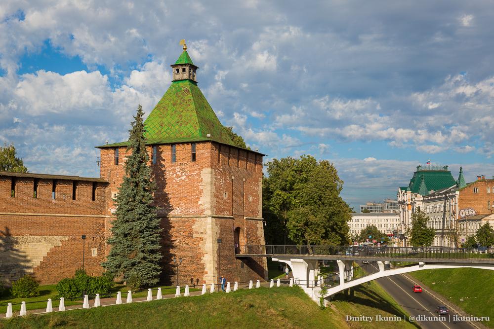Никольская башня и Зеленский съезд