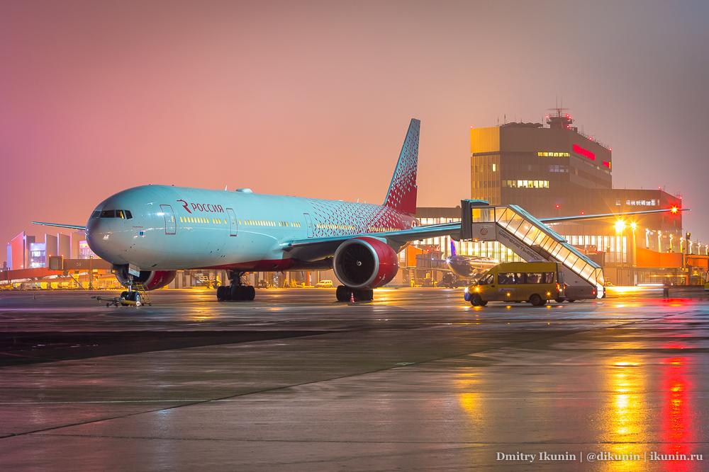 Boeing 777-300ER (EI-GEU), Россия